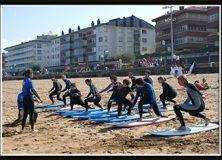 Surf ikastaroa familian